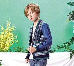 水孩儿童装 带给孩童纯净透彻 活泼灵动的美好童年