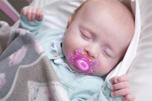 婴幼儿安抚奶嘴一半不合格 电商平台是重灾区