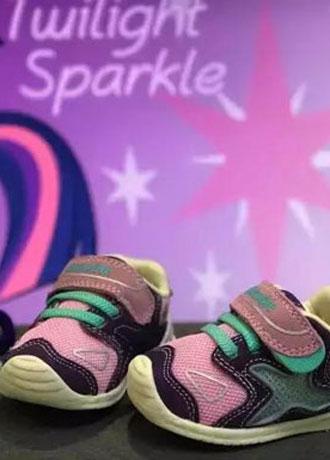 宝宝学步鞋舒适有质感高性价比 让宝宝的脚一生受益