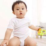 这3种坐姿会使孩子双腿畸形发育 父母一定要警惕