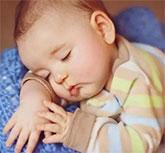 宝宝睡觉不踏实怎么办 聪明的妈妈这样做