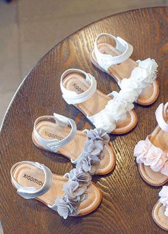 仙女范花朵童鞋 完美呈现小公主甜美时髦气息