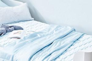 炎炎夏日 舒适清凉的床上用品少不了