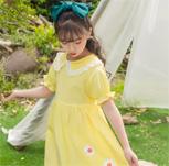 清新的连衣裙 让你扑进秋天的怀抱里