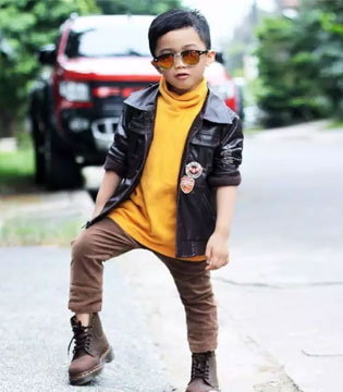 实力Hold住各种穿衣风格 小男孩Euwan做到了!