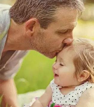 一位穷癌晚期爸爸的重生 别轻易跟孩子说你没钱
