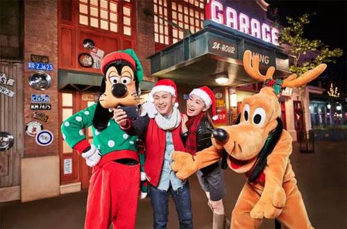 全球迪士尼乐园开启圣诞模式 快快走起吧!