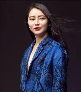 许馨尹:为了让女儿高兴 她创造了惊艳全世界的作品