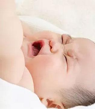 宝宝哭吵不停影响健康吗?