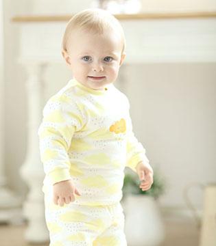 安满儿童装:为宝宝呵护纯真笑颜
