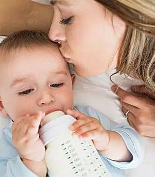 奶粉真的越浓越好吗?盘点各种错误的冲奶方式