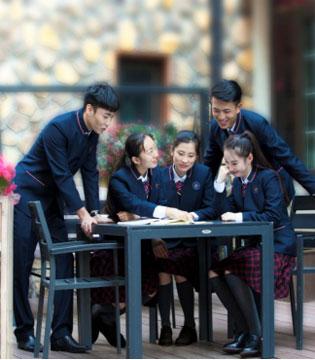 威达学生装以品质唱响2017上海国际校服展 唱响中国校服未来
