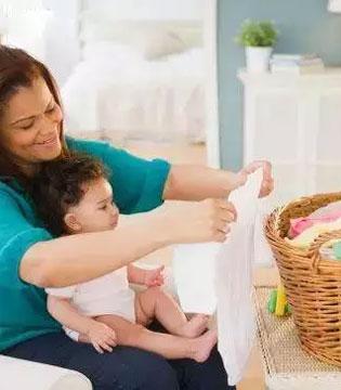 给宝宝洗衣服 这些事儿不能省