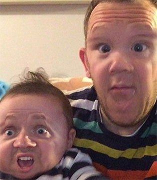 爸爸与儿子换脸照爆红:看完整个人不好了