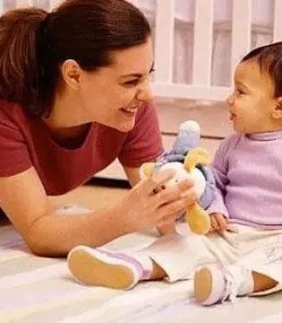 """父母课堂:论""""三岁定八十""""对宝宝的意义"""