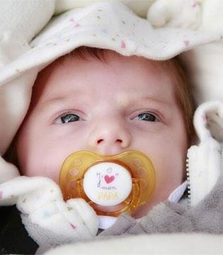 宝宝冬天能用羽绒被吗 宝宝冬天用羽绒被好吗都有哪些危害