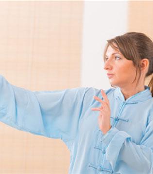 女性练气功有独特好处 能养颜抗早衰