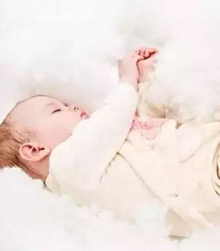 冬季如何护理好宝宝皮肤?让宝宝的脸蛋水嫩嫩!