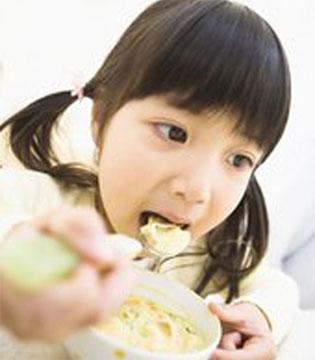 年后宝宝不吃饭 不是年饱可能是积食了
