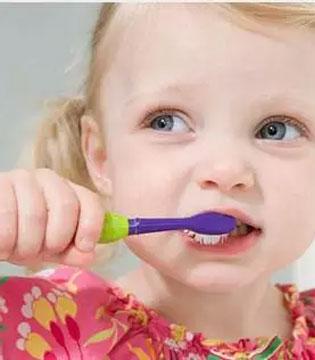 宝宝出牙该这样护理 新技能拿去不谢!