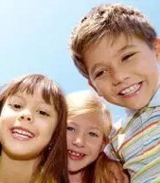 孩子爱发脾气 千万别打骂 给您4个建议!