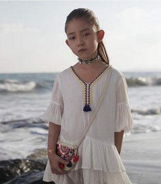 国际快时尚潮牌UR2017春季童款主题画册