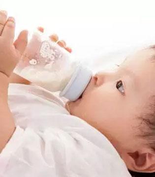 适合宝宝的才是最好的奶粉!多能羊羊奶粉 宝宝好选择!
