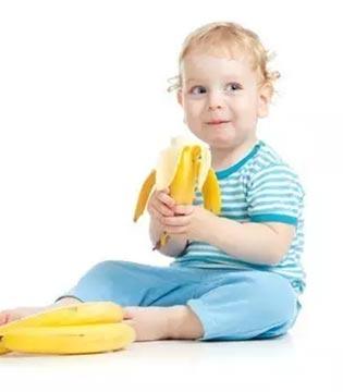 宝宝大便干燥吃香蕉?错!这10个喂养误区多少妈妈踩中过?