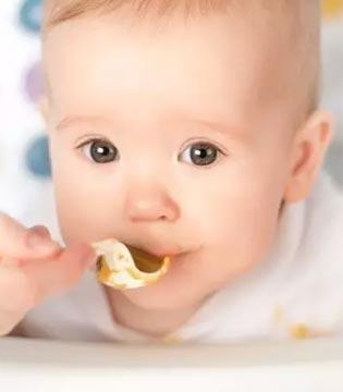 4-5个月婴儿的喂养特点