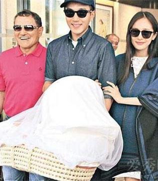 小糯米被爷爷刘丹称赞有表演天赋 与刘恺威视频最开心