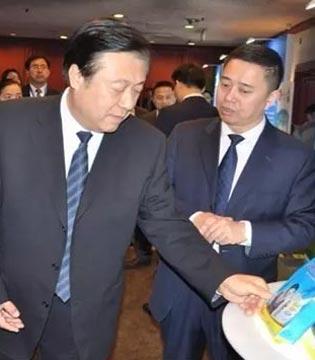 """飞鹤助力""""中国小康牛奶行动"""" 公益助学共筑小康社会"""