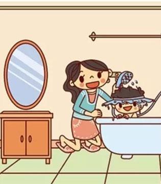 你会给宝宝洗头么  现在学还来得及