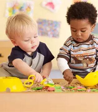 孩子的敏感期  宝宝3岁前那些敏感期的教养要点