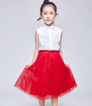 不需要赵又廷整容式演技 艾卡米勒童装也可以圈粉无数