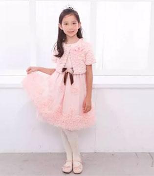 安妮公主童装2017年新品发布  蜜桃女孩系列
