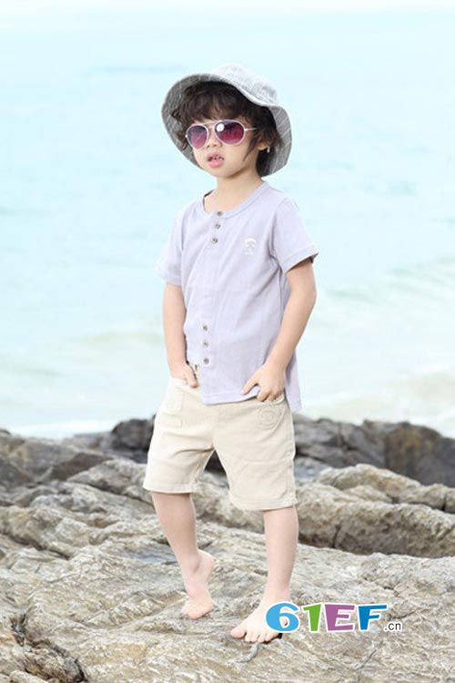 不关心陈乔恩胖了 只在乎大头儿子童装2017春夏新品上市了