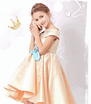 公主驾到  伊桂林让精灵女孩艾希娅化身丹麦公主