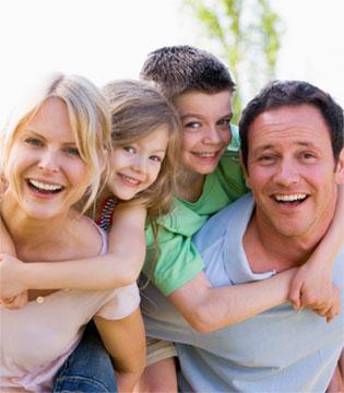 孩子的成长需要界限和父母的放权  别过度保护