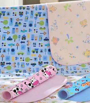怎样选择宝宝隔尿垫  如何判断哪种隔尿垫的牌子好
