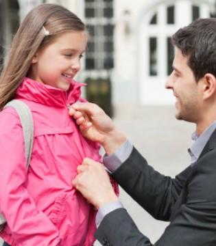 别再教出熊孩子  6个小事教出有教养的小孩