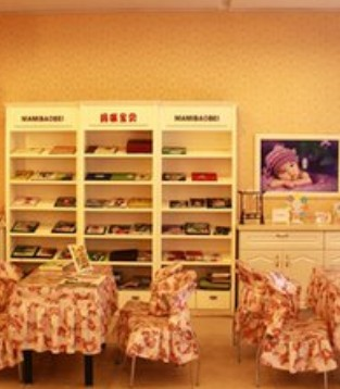 在大热的童装市场下 特步却在去年关闭了350家儿童店