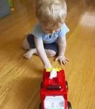 爱能特妈妈小贴士  玩具选不对孩子更笨