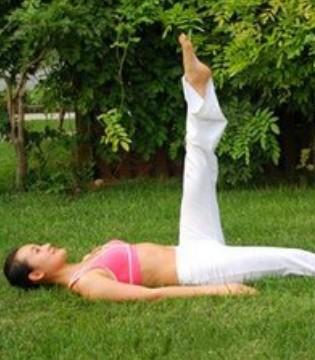 瘦腿瑜伽 盘点7个超人气瘦腿瑜伽动作