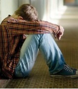儿童焦虑症与父母有关 怎么治好孩子的焦虑