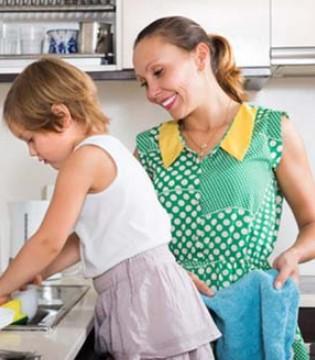 父母永远是孩子最好的老师  好的教养跟家风有关
