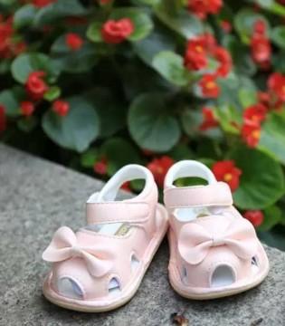 夏季热情如火  优美的娜拉宝贝公主鞋陪宝宝度过