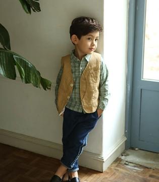 展现孩子平凡中的高贵气质就用E.D.A棉花驿站童装