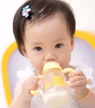 为孩子挑选奶粉时最易犯的9大错误  您犯了几个