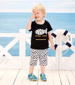 婴姿坊用一件T恤就能让简单快乐的宝宝时尚指数飙升