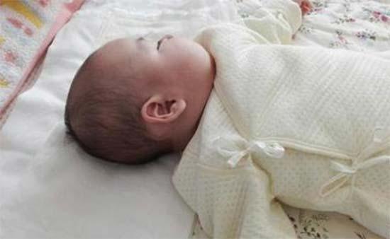 新生儿正确的睡眠方式 研究表明尽量采用仰卧位
